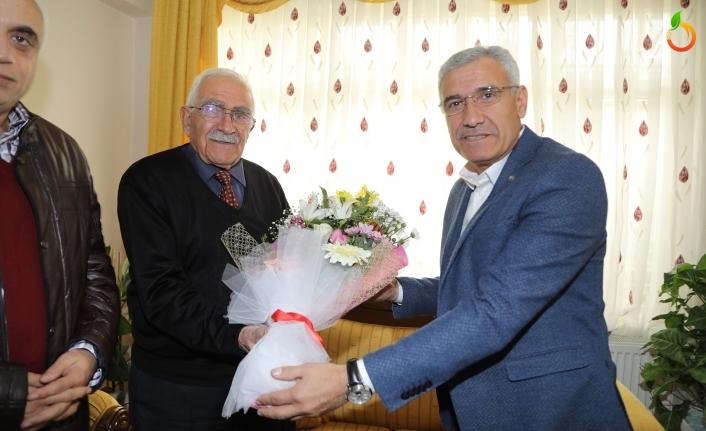 Başkan Güder'den Öğretmenine Sürpriz Ziyaret