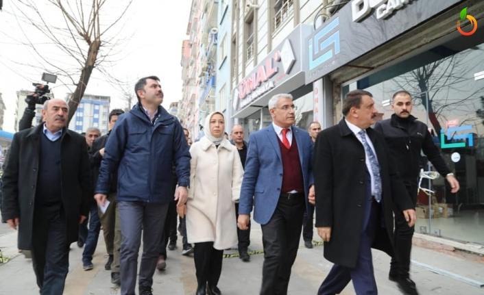 Başkan Güder, Bakan Kurum'a Battalgazi'deki Hasarlı Evlerin Bilgisini Verdi