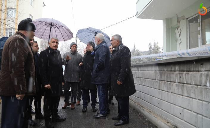Başkan Güder: 'Malatya'mızda hasarlı yapı sayısı 15 bine yaklaşıyor'