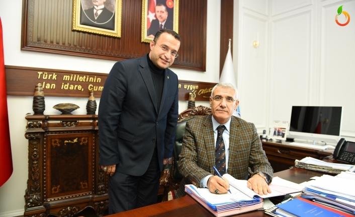 Battalgazi'den Toplu Sözleşme! Başkan Güder, Çalışanın Hakkını Verdi
