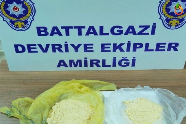 Malatya'da 2 Poşet uyuşturucu İle Yakalandı