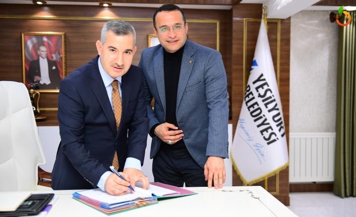 Yeşilyurt Belediyesi İle Hizmet-İş Sendikası Arasında Toplu İş Sözleşmesi İmzalandı