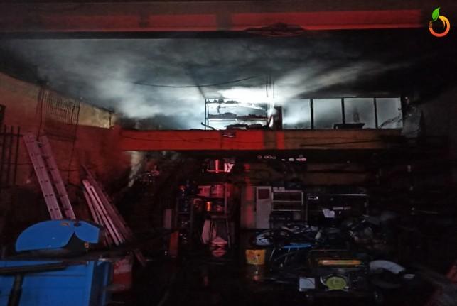 Malatya'da İşyeri yangını! 1 yaralı