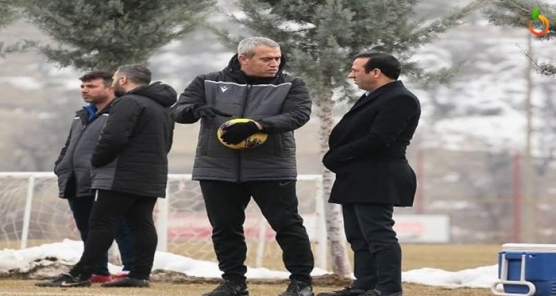 Y. Malatyaspor, Özdeş ile yola devam kararı aldı