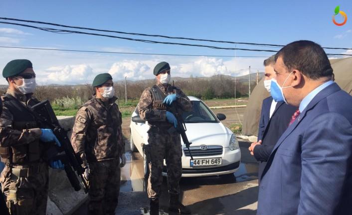 Başkan Gürkan Polis noktasını ziyaret etti