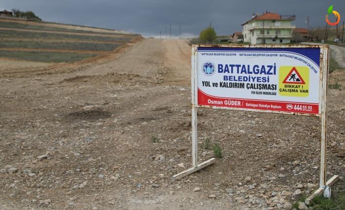 Battalgazi Belediyesi Şehir Mezarlığı-Eskimalatya Bağlantı Yolunu Tamamlanmak Üzere