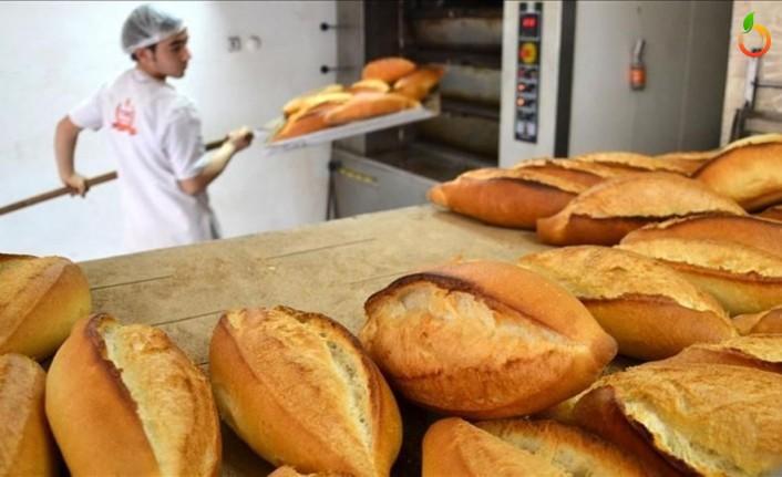 Fırıncılar Ekmekleri Kapılara Kadar Götürüyor