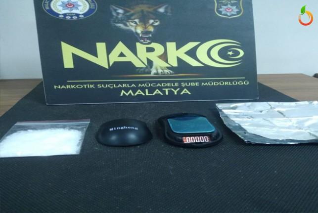 2 Uyuşturucu Taciri Tutuklandı