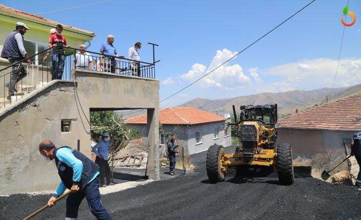 Battalgazi Belediyesi Asfalt Serimini Sürdürüyor