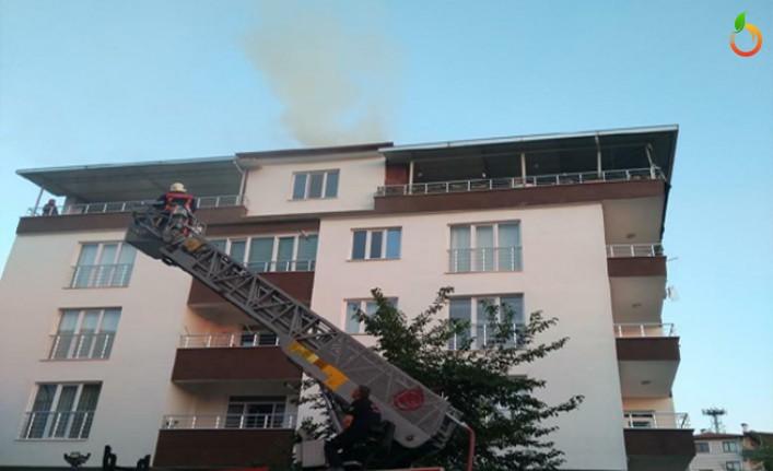 Malatya'da çatıda çıkan yangın korkuttu