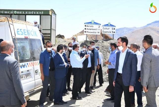 Başkan Gürkan, Pütürge'de Kurban Kesilerek Karşılandı