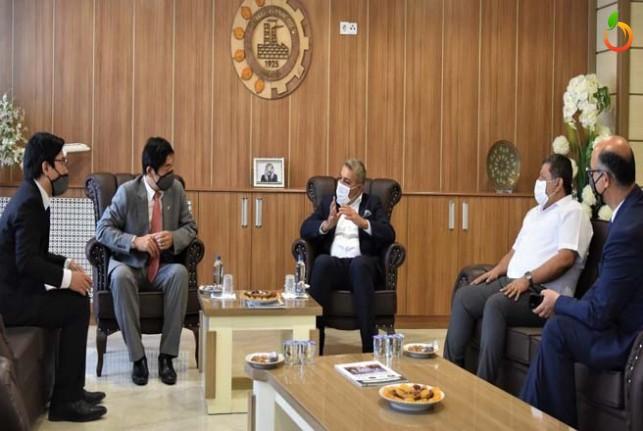Sadıkoğlu, Malatya'nın sanayisi ve yatırım fırsatları hakkında bilgi verdi