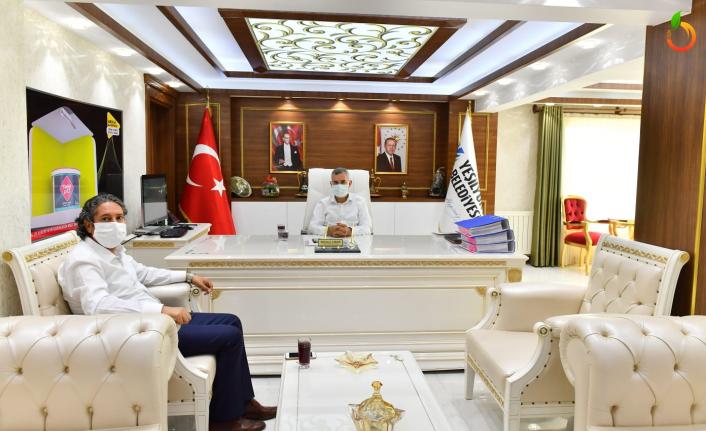 Başkan Çınar, Ali Tatlı'yı Misafir Etti