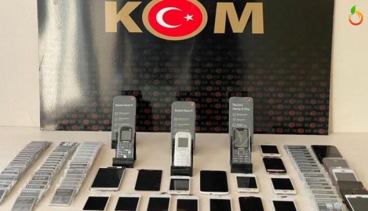 Malatya'da  gümrük kaçağı telefon yakalandı