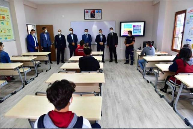 Deprem Eğitim Simülasyon Merkezi'nde  yeni dönem eğitimler başladı