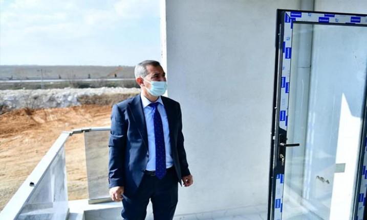 Başkan Çınar, Yeşil Topsöğüt Konutlarının Örnek Dairesini İnceledi