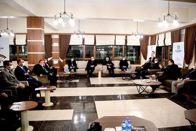 Gürkan, Battalgazi İlçesi Mahalle Muhtarları İle Bir Araya Geldi