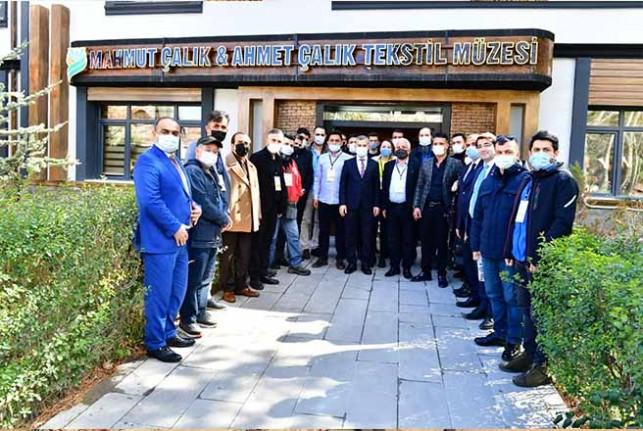Başkan Çınar, 'Kayısı Çiçeği Şenliği' Davetlilerini Çırmıhtı'da Ağırladı
