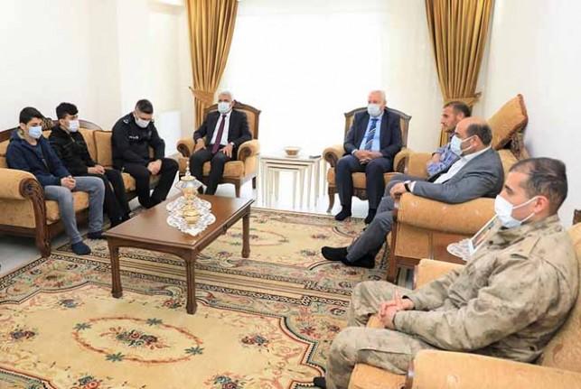 Başkan Güder'den Şehit Ailesine Anlamlı Ziyaret