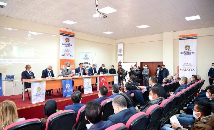 Başkan Gürkan Darende İlçesi Muhtarlarıyla Bir ArayaGeldi