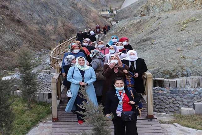 Battalgazi'de Başarılı Kursiyerler İspendere'yi Gezdi