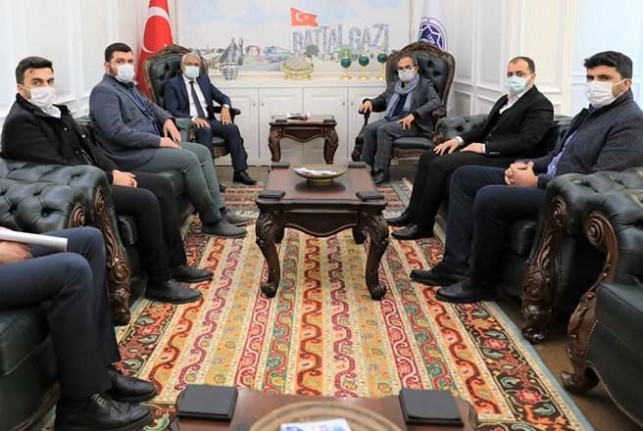 Eski Milletvekili Garip'ten Başkan Güder'e Ziyaret