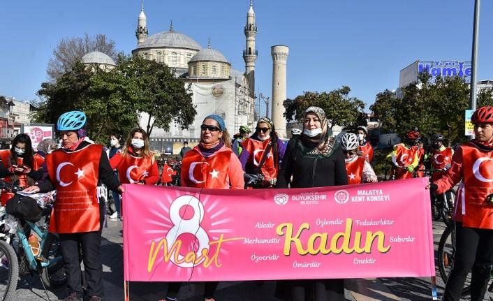Malatya Kent Konseyi Kadınlar Meclisinden 8 Mart Kadınlar Günü Etkinliği