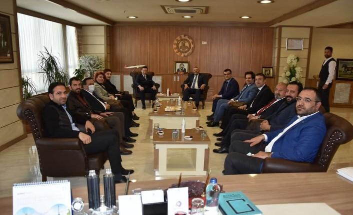 Vakıf Bank Malatya Bölge Müdürü'nden Sadıkoğlu'na ziyaret
