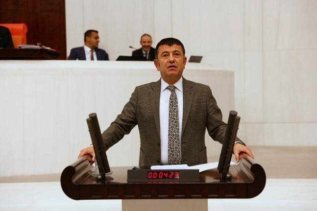 Ağbaba'dan Çavuşoğlu'na Gri Pasaport Sorusu