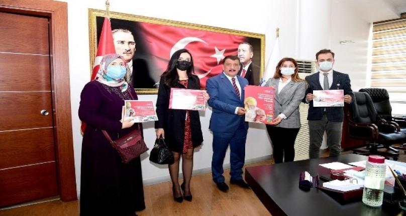 LÖSEV Çalışanları Başkan Gürkan'ı Ziyaret Etti