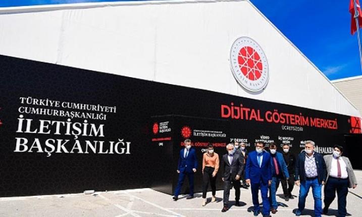 Başkan Gürkan, Dijital Gösterim Merkezini Ziyaret Etti