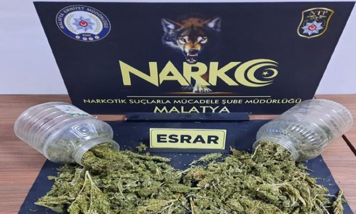 2 Uyuşturucu Taciri Yakalandı