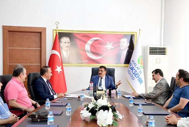 TÜRES Derneği Malatya Şubesinden Başkan Gürkan'a ziyaret