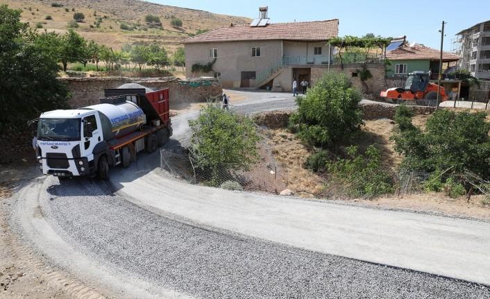 Battalgazi Belediyesi'nden 10 Kilometrelik Sathi Kaplama Çalışması