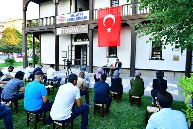 Başkan Çınar, Tügva Malatya Şubesinin Açık Hava Söyleşi Programına Katıldı