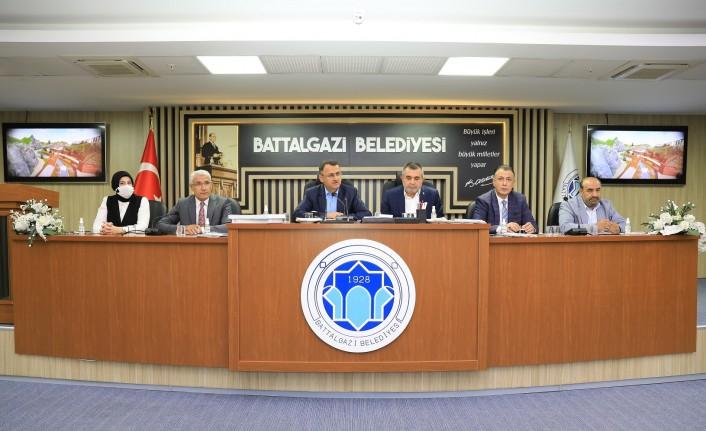 Başkan Güder: 'Battalgazi'mizi doğru ve planlı yatırımlar ile buluşturuyoruz'