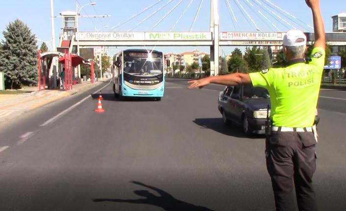 Emniyetten 304 araç ve sürücüsüne para cezası uygulandı