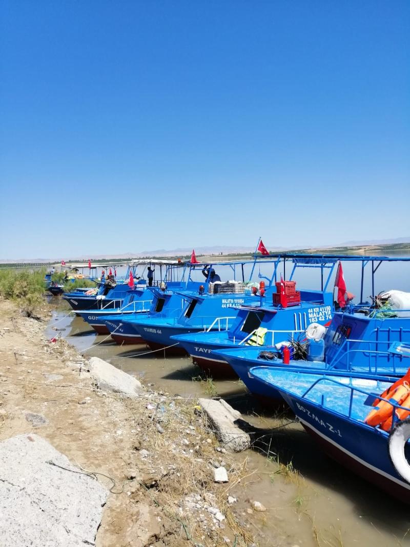 Balıkçı Teknesi Denetimini Büyükşehir Belediyesi Yapıyor