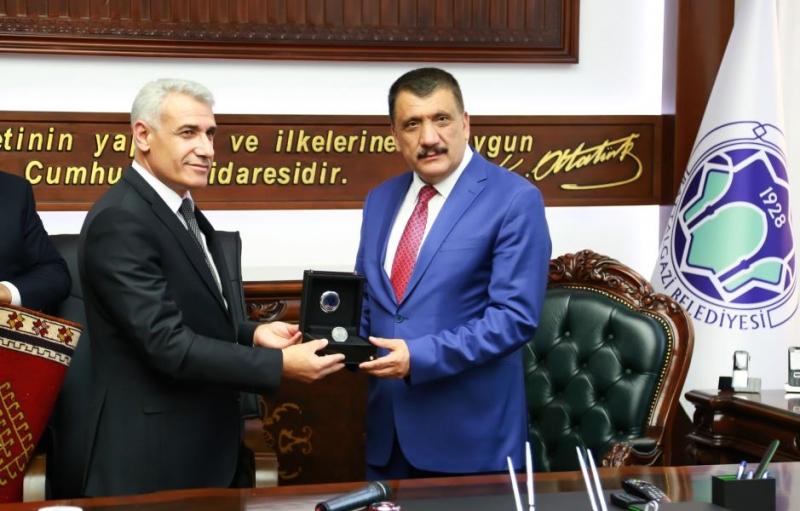 Başkan Güder, Başkan Gürkan'dan Görevi Devraldı