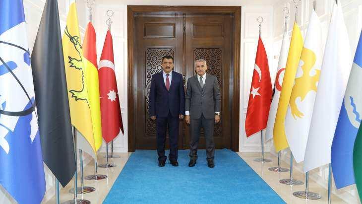 Başkan Güder, 'Battalgazi'de Bayrak Emin Ellerde'