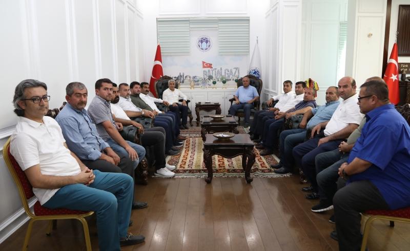Bursa Malatya Darendeliler Dernek Başkanı Bozkurt, Başkan Güder'i Ziyaret Etti