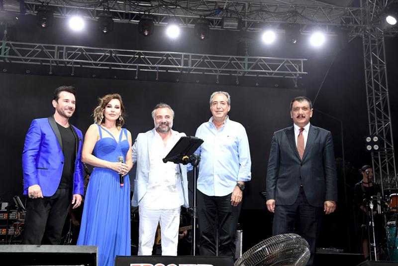 'Güneşin Altın Yumurtası' Kayısı Festivalinde Funda Arar Rüzgarı