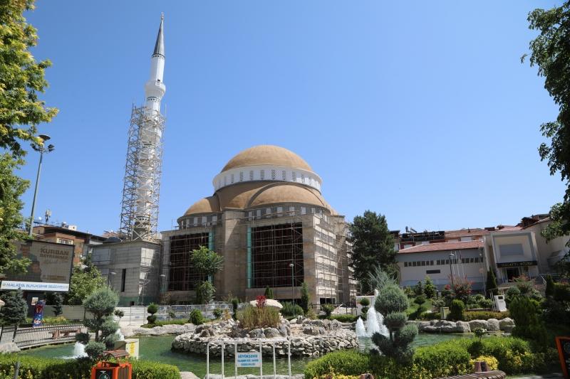 Kernek Karagözlüler Camii İnşaatı Tüm Hızıyla Devam Ediyor