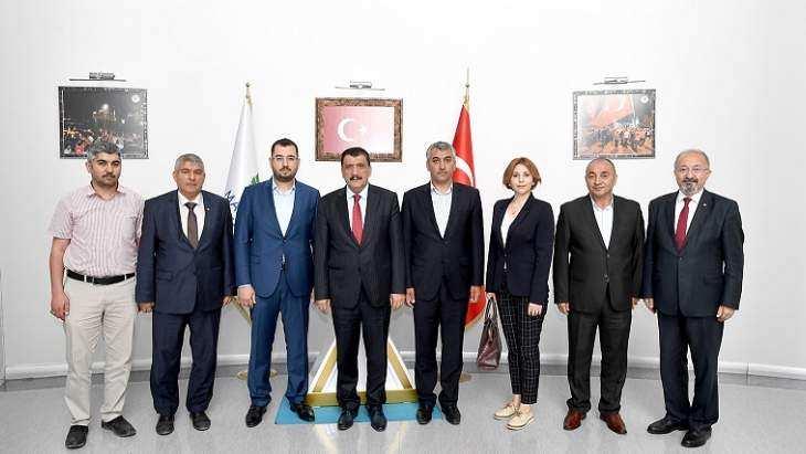 Sigortacılar Başkan Gürkan'ı Ziyaret Etti