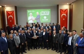Başkan Çınar, 'İlk 5'e Hep Birlikte Çalışarak Girdik'