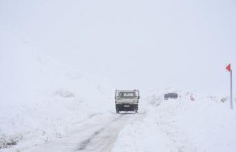 Malatya'da Kar yağışı, sis, tipi hayatı olumsuz etkiliyor