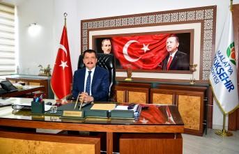 Başkan Gürkan'dan üç aylar ve Regaip Kandili mesajı