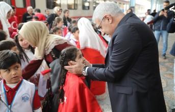 Başkan Güder, 'Milli Mücadele Ruhunu Bugün Öğrencilerimiz İle Paylaştık'