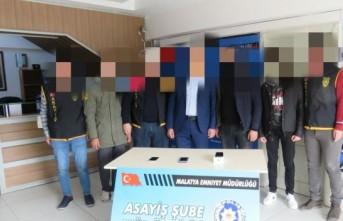 İnternet Üzerinden Dolandırıcılık Yapan 2 Kişi Tutuklandı