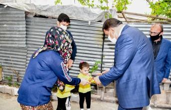 Başkan Gürkan İftar Yemeği Dağıttı